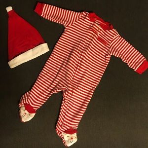 ❗️$2❗️Carter's holiday/Christmas onesie and hat